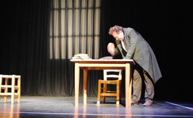 'Piraye' Girne'de sahnelendi