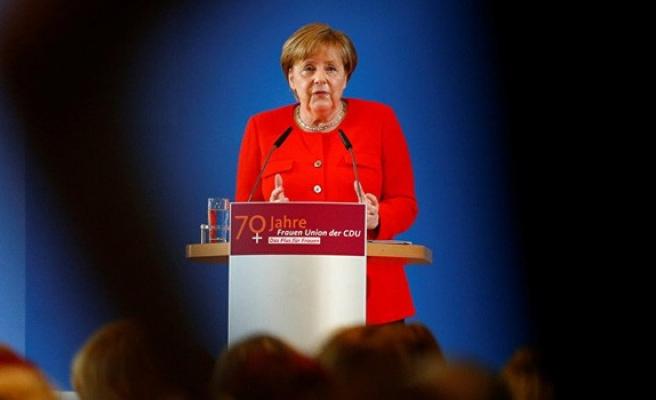 Merkel'den Türkiye açıklaması: Ekonomik yardım olmayacak