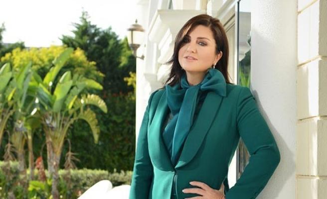 Sibel Can, yeni yılda Kıbrıs'ta
