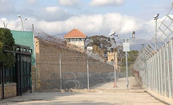 Güney'de yabancı uyruklu mahkumlara ya sınır dışı ya sosyal hizmet uygulaması