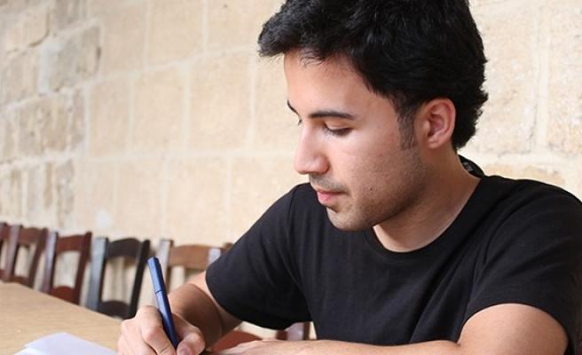 'KKTC'de genç yazarlara sunulan imkânlar çok kısıtlı'