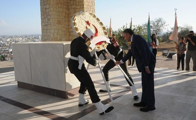 Dr. Fazıl Küçük'ün anıt mezarında tören düzenlendi