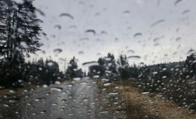 Yağışlı hava Çarşambaya dek devam edecek