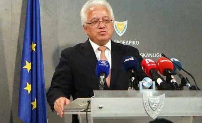 Rum Adalet Bakanı istifa etti