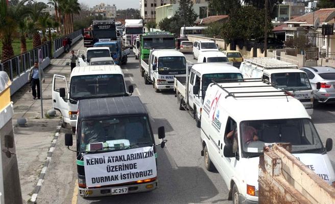 Müteahhitler, ihalelerin Ankara'da açılmasına karşı eyleme gidiyor