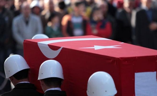 Hakkari'de patlama: 4 şehit 4 asker yaralı