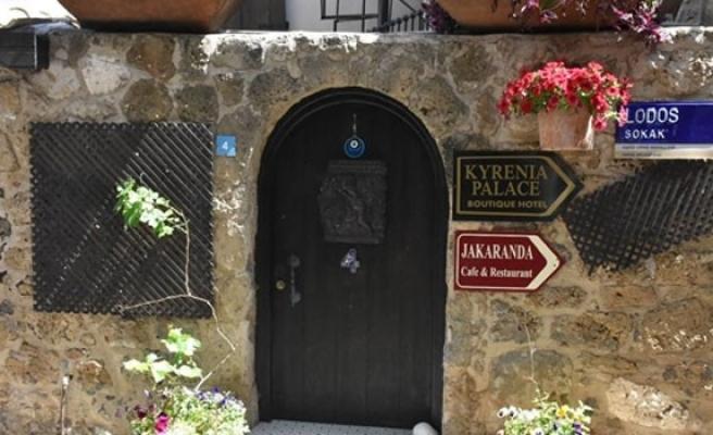 Girne'de peyzaj çalışmaları devam ediyor