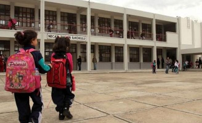 'Okul önlerinde altyapısal tedbirler alınmalı'