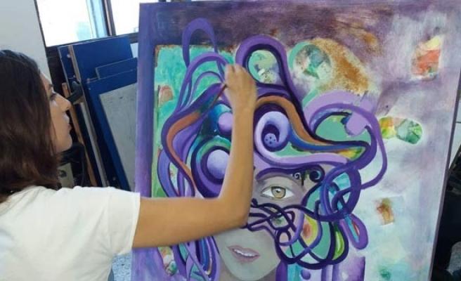 'Sanat, insanlar üzerinde iyileştirici güce sahip'