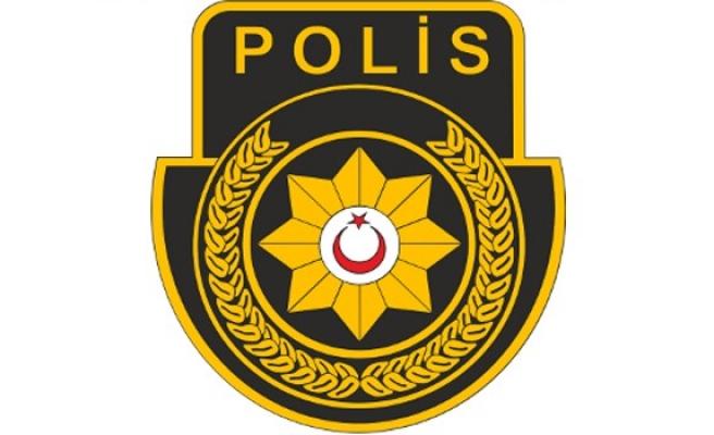Lefkoşa'da uyuşturucu bulundurmaktan 2 kişi tutuklandı