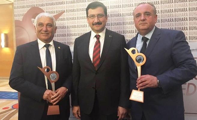 Özçınar'a 'Sosyal Belediyecilik' ödülü verildi
