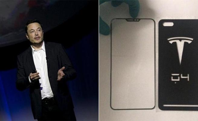 Elon Musk, Tesla'nın ürettiği akıllı telefonun ilk görüntüleri sızdırıldı