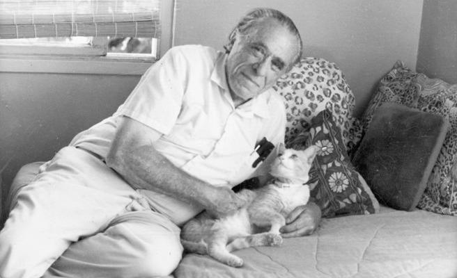 Tarihte bugün: Bukowski hayatını kaybetti