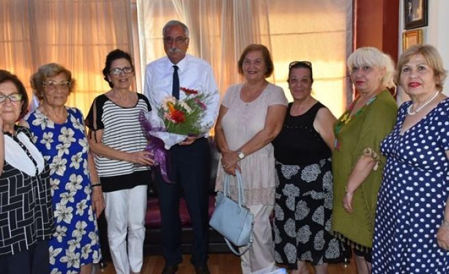 Girne Belediye Başkanı Güngördü Yardımsever Kadınlar Birliği ile görüştü