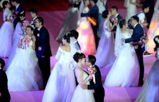 Çin Hükümeti gösterişli düğünleri yasaklayacak