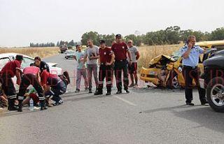 Araçlar çarpıştı, 9 kişi yaralandı