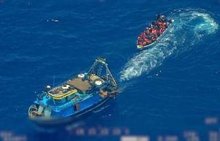 İtalya düzensiz göçmenleri ölüme terk ediyor!