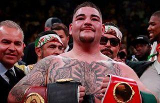 Ruiz, Joshua'yı dağıttı