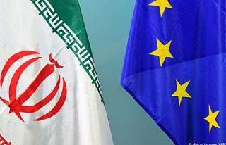 """AB'den İran'a """"nükleer faaliyetleri""""..."""