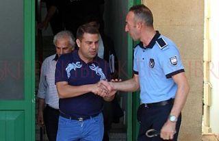Korumaları cezaevinde Akacan'a yurt dışı...