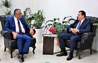 Çavuşoğlu, Mersin Yenişehir Belediye Başkanı'nı...