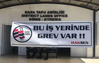 Girne Tapu Dairesi grevde