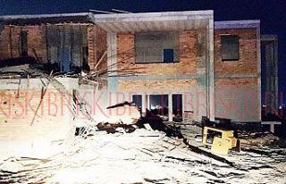 İnşaatta beton kalıbı çöktü; 1 ölü 2 yaralı