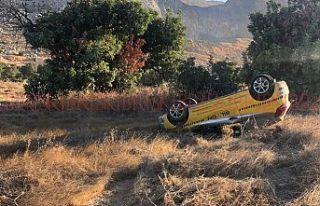 Dağ yolunda korkutan kaza! Sürücü ölümden döndü