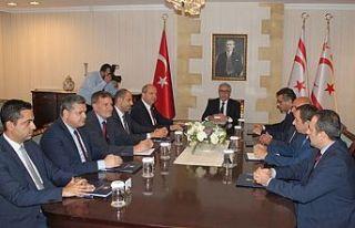 Siyasi parti başkanları Cumhurbaşkanlığı'nda
