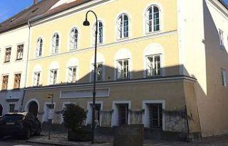 Avusturya'da Hitler'in doğduğu ev polis merkezi...