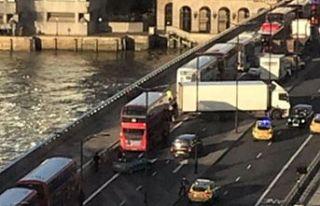 Londra Köprüsü'nde silah sesleri