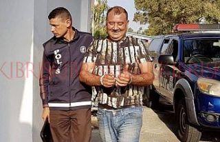 Meyhaneci, içki çalmaktan tutuklandı