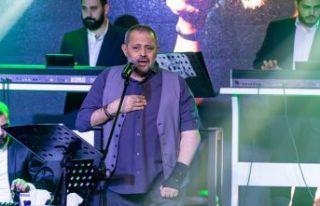 Suriyeli ünlü şarkıcı Wassouf, hayranlarıyla...