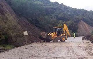 Büyükkonuk- Kaplıca anayolu trafiğe kapatıldı