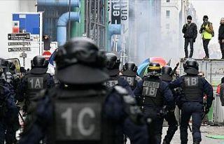 Fransa yeni yıla grevlerle giriyor