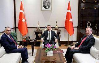 Çavuşoğlu, Oktay ile görüştü