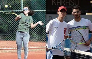 Tenis Ligi sürüyor