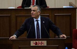 Çavuşoğlu: DAÜ'nün siyasetle gündeme gelmesi...