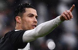 Ronaldo atıyor, Juve uçuyor