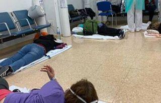 İspanya'daki hastanelerde corona virüs izdihamı