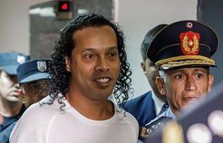 Ronaldinho, Paraguay'da tutuklandı