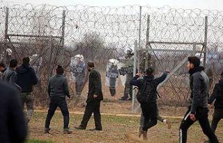 Yunan polis ve sınır birlikleri düzensiz göçmenlere...