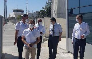 Atakan, Ercan Havalimanı'nda inceleme yaptı