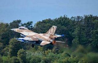 BAE Yunanistan ordusuna destek için Girit'e...