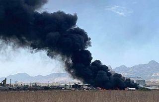 Haspolat kirli sanayi bölgesinde yangın!