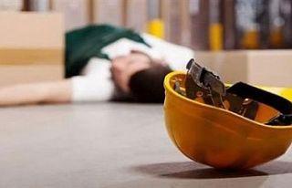 İş kazası… 2 metre yükseklikten düşerek yaralandı!