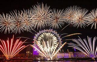 Londra'da Kovid-19 salgını nedeniyle yeni yıl...