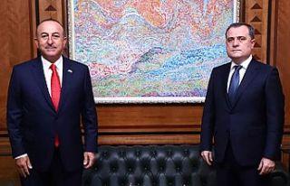 Çavuşoğlu: Ermenistan'ın sivil yerleşimlere...