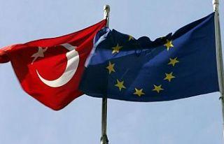 Yunanistan'dan Türkiye'ye karşı diplomatik...