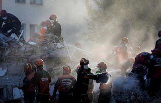 İzmir'deki depremde can kaybı 92'ye yükseldi